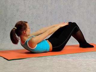 Упражнение для верхних мышц пресса