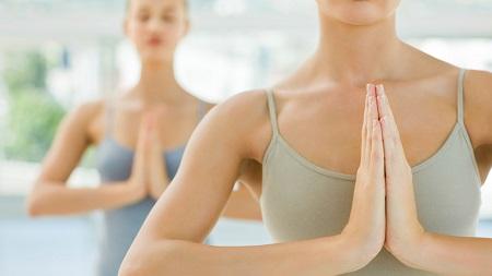 Упражнения для коррекции груди