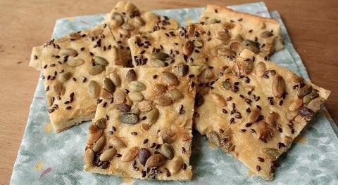 Хлебцы диетические с семенами льна